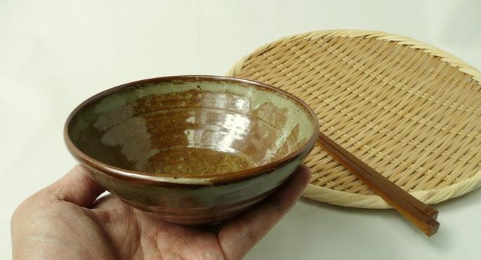 ご飯茶碗「釉だれ秋の空・赤茶色」旅館やレストランの食器の仕入にご検討ください。