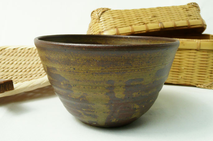 ご飯茶碗「釉だれ夜長・艶消し深い赤茶色」の正面画像