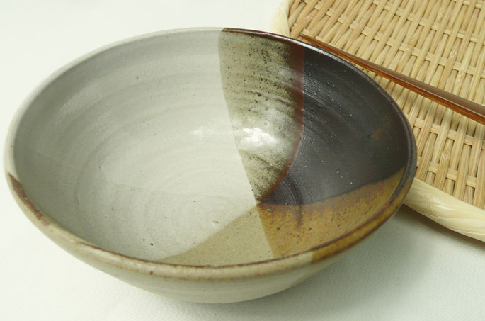 ご飯茶碗「作家物のお茶碗(あさり)」の正面画像