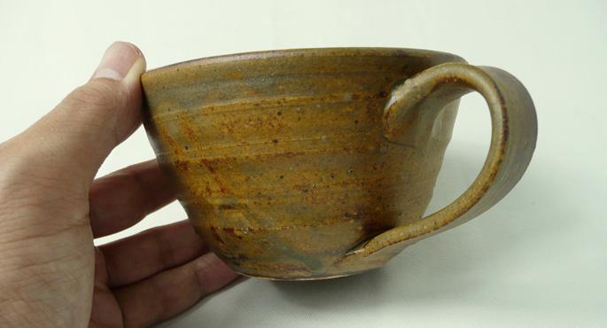 「Gold Antique ゴールドアンティーク」 カフェの食器として販売可能です。
