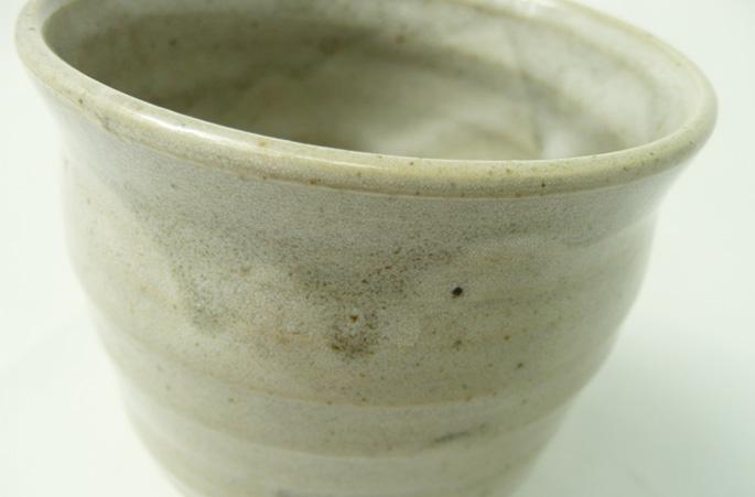 「釉だれちょこ/しぼり・グレー」お茶のコップ 正面